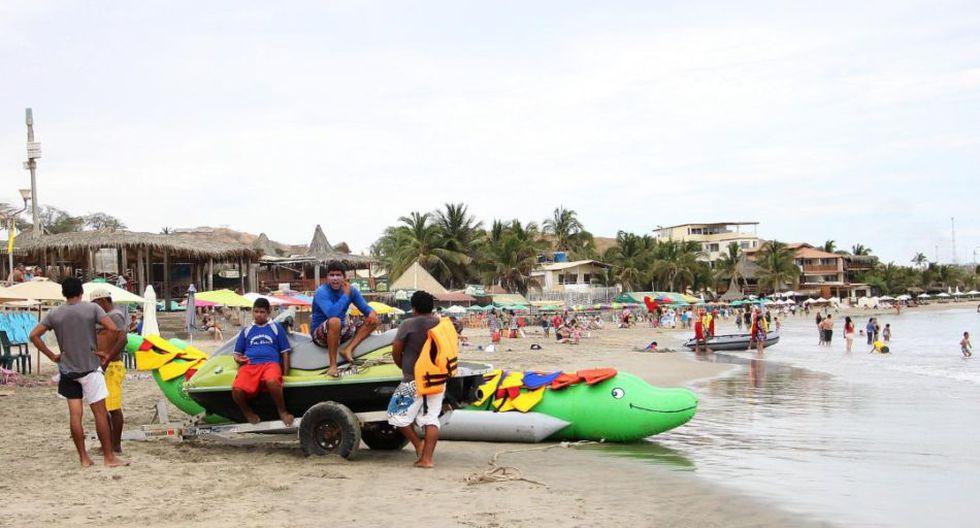 En Máncora se pueden hacer todo tipo de actividades acuáticas.
