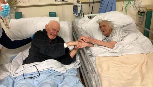 Margaret y Derek Firth, ambos de 91 años, murieron en el Hospital General de Trafford, Manchester, Inglaterra, después de luchar contra el coronavirus. (Foto: Barbara Smith)
