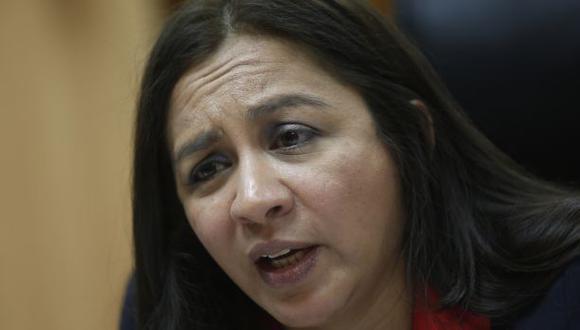 Espinoza ahora dice que el sueldo mínimo sí está en agenda