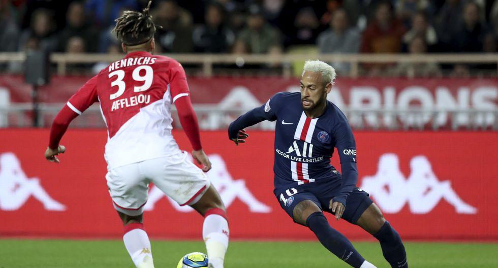 PSG ante el Mónaco con el cabello blanco en el 2019. (AP Photo/Daniel Cole)