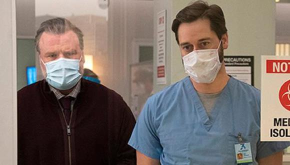 """Algunas escenas de """"New Amsterdam"""" se filman los fines de semana en el Bellevue Hospital Center, el verdadero hospital situado en Nueva York, donde Eric Manheimer escribió sus memorias (Foto: NBC)"""