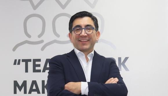 Diego Molano, exministro de Tecnologías de la Información y Comunicaciones (TIC) recomienda que no se cargue de obligaciones a los operadores.