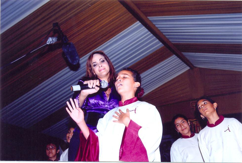 Aquí con Marita Cabanillas, a quien Daniela recuerda con cariño y admiración. (Foto: Archivo Familiar).