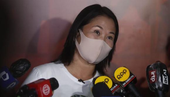 Keiko Fujimori declaró a los periodistas tras un recorrido proselitista en San Juan de Lurigancho. (Foto: Hugo Perez / @photo.gec)