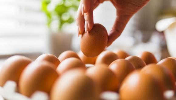 Un huevo tiene 13 vitaminas esenciales y minerales en cantidades variables, proteínas de alta calidad y antioxidantes, todos en 70 calorías. (Foto:Freepik)