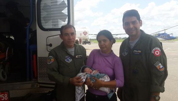 Mujer dio a luz dentro de avión Hércules de la FAP en vuelo