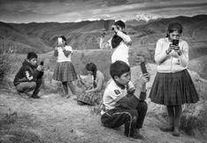 Un día de clases en las alturas del Cusco, donde no llega el Internet