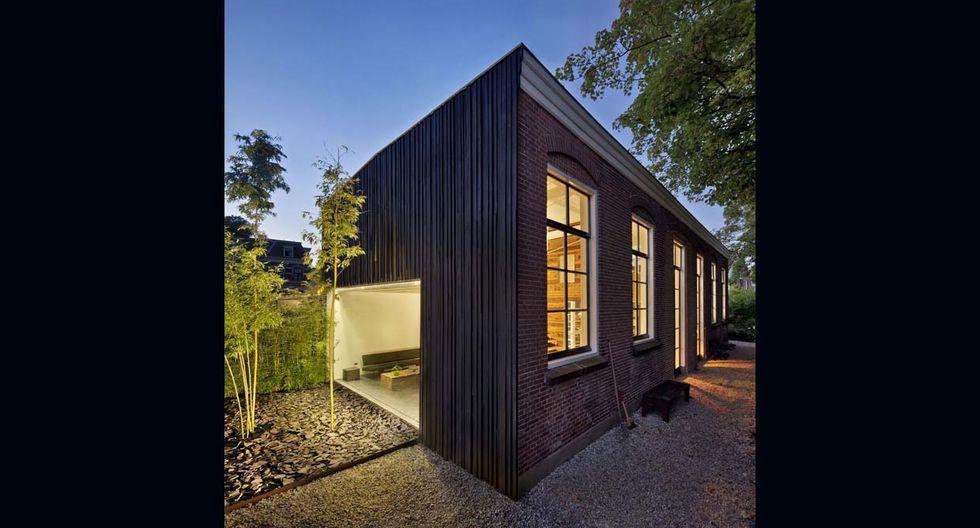 Así luce la fachada de la casa. La estructura es de ladrillo y las puertas son de color negro.(Foto: olf.fr)