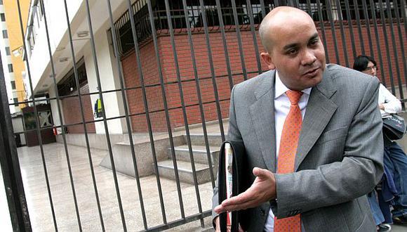 Roy Gates coordina acciones con los ministerios, dice Gutiérrez