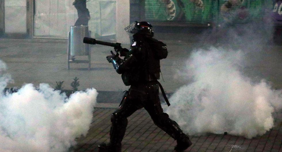La ONU expresó su preocupación por la violencia contra la Policía y los manifestantes por parte de algunos sujetos que provocaron disturbios durante las protestas en Colombia. (EFE)