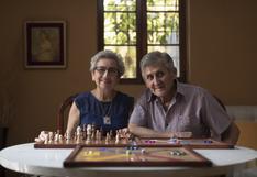 Gloria y Enrique, GLOREN: un amor que nació entre señas y a los 80 años emprendió en pandemia