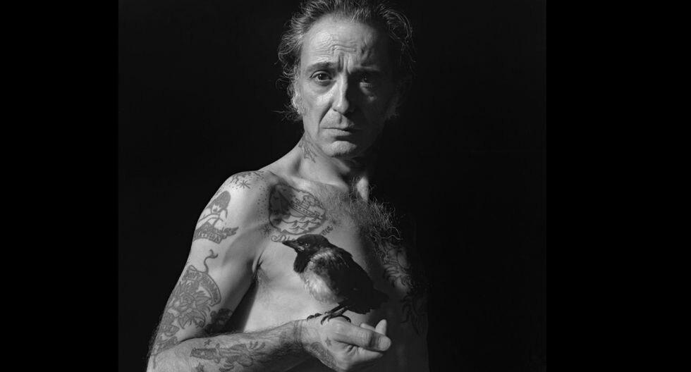 El padrastro de la Urraca (2005). Los autorretratos desnudos y descarnados son parte, desde siempre, de la obra del fotógrafo nacido en 1956.