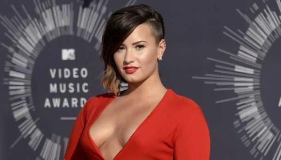 Facebook: Demi Lovato compartió sexy fotografía en bikini