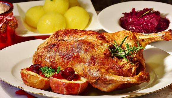 ¿Cómo preparar ensaladas y hornear el pavo para la Navidad? Aquí unos tips. (Foto: Pexels)