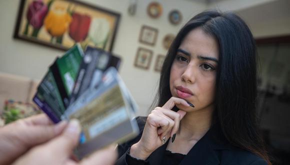 Para elegir una tarjeta de crédito, primero debe considerar que debe usarla como instrumento de pago y no de crédito. (Foto: Cesar Campos / El Comercio)
