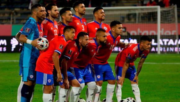La selección chilena recibirá a Paraguay en el Estadio San Carlos de Apoquindo. Conoce aquí su posible alineación.