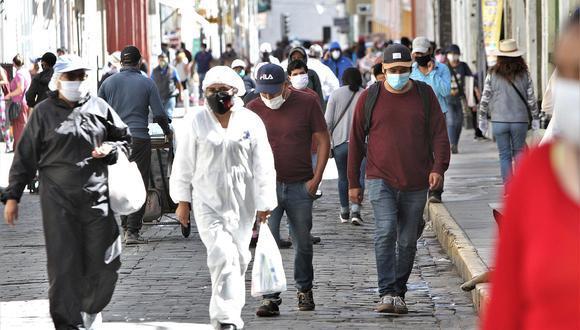 Producto de la pandemia, solo en Lima más de 2,3 millones de personas perdieron sus empleos. (GEC/Agencias)