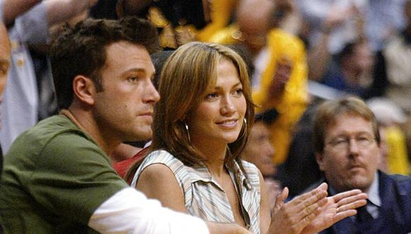 Jennifer Lopez y Ben Affleck terminaron 2004 cuando eran una de las parejas más populares. (Foto: LEE CELANO / AFP)