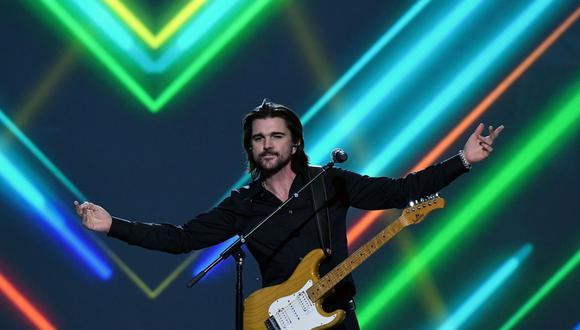 Juanes representa a la música latina en homenaje a Prince de la cadena CBS. (Foto: AFP)
