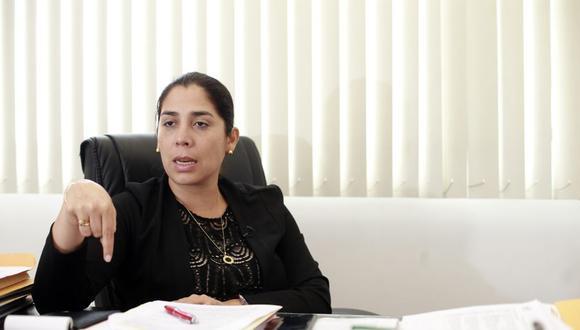 Úrsula Letona aseguró que el fiscal José Domingo Pérez, quien encabeza el allanamiento, es un actor político. (Foto: Rolly Reyna)