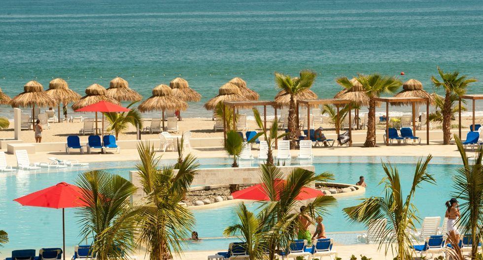 Manglares y playa en Punta Sal. (Foto: EGC)
