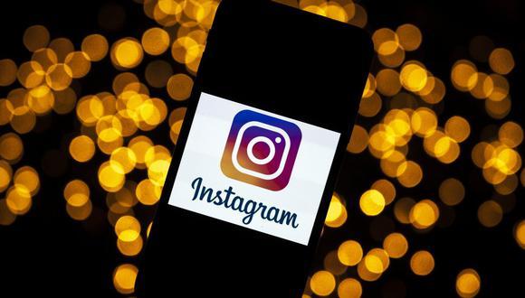 Diez años después de su lanzamiento, Instagram no ha dejado de añadir nuevas funciones y este año la plataforma lanzó 'Reels', un formato que ofrece a los usuarios la posibilidad de crear y descubrir vídeos cortos de hasta 15 segundos. (Foto: Lionel BONAVENTURE / AFP)