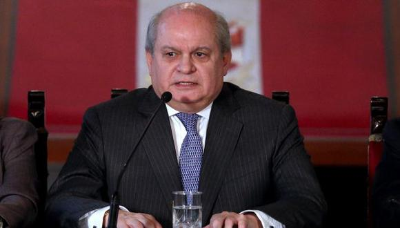 Cateriano cuestionó informe de Comisión Bernales sobre ascensos