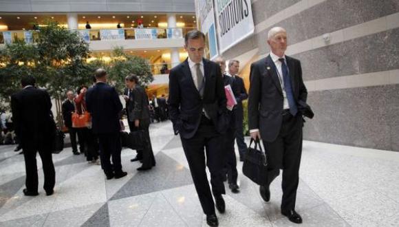Acciones de bancos suben por flexibilización de normas