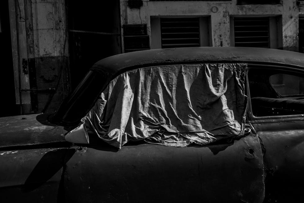El salón donde se exhibe el trabajo de Nolte, Sombra de isla, hasta el 12 de noviembre en el Paris Photo Fair. (Foto: Musuk Nolte)