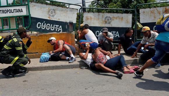 El 3 de mayo, justo al lado del fronterizo puente Simón Bolívar se registró una balacera entre delincuentes que controlan las trochas, dejando como saldo un muerto y un herido. Foto: Luisa González / Reuters, vía El Tiempo, GDA