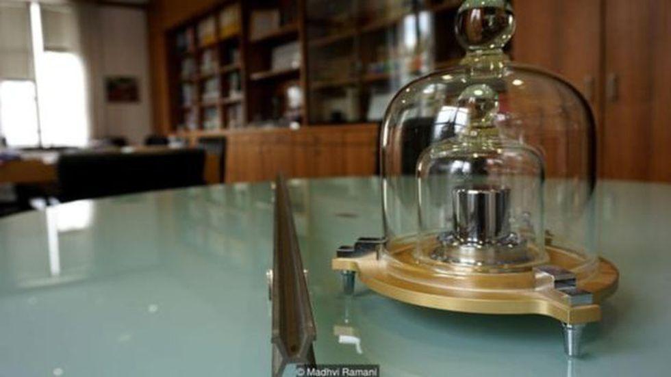 Así se conserva el kilogramo original. (Foto: Madhvi Ramani)