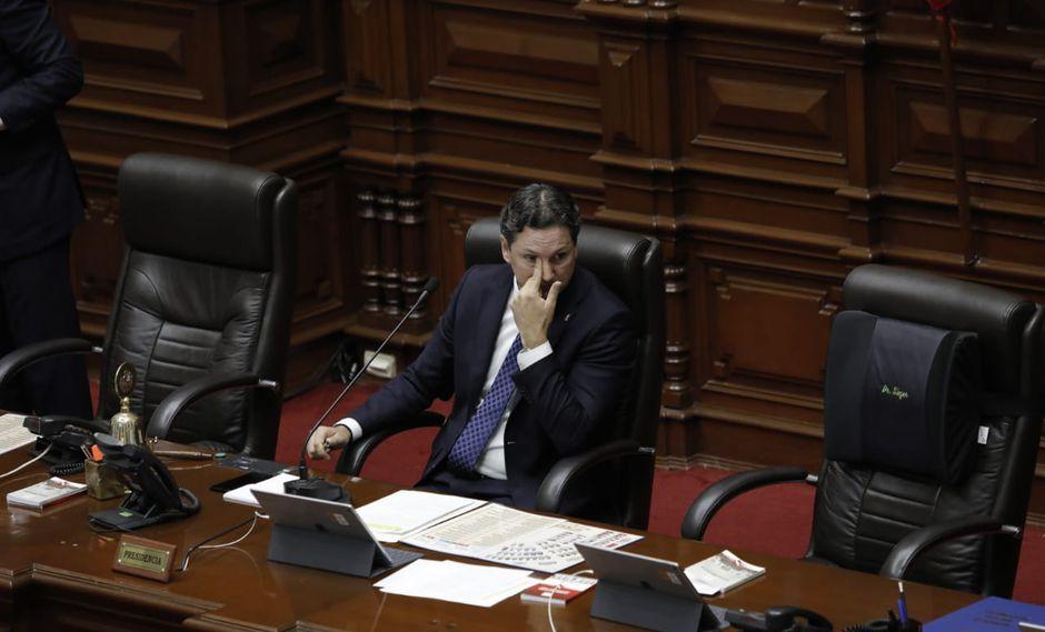 Daniel Salaverry suspendió el debate de la reforma política este lunes. (Foto:Anthony Niño De Guzmán / GEC)