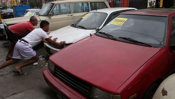 Breña: retiran más de 150 autos abandonados y mal estacionados