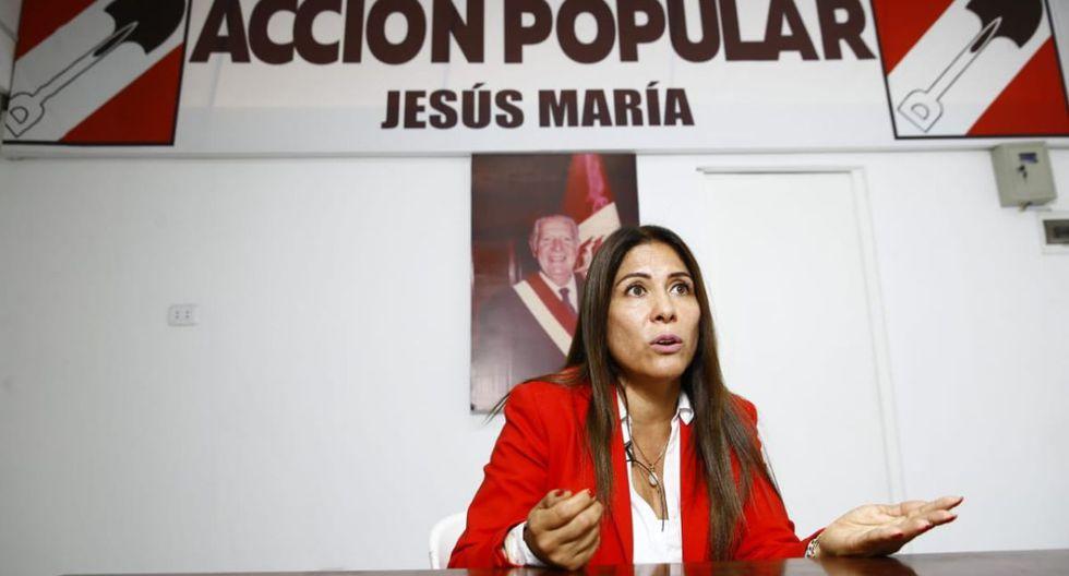"""""""Yo pertenezco a Acción Popular, yo no estoy dividida en ninguna de las tres [facciones]"""", afirmó Mónica Saavedra. (Foto: Allen Quintana/ El Comercio)"""