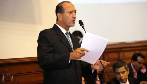 Juan Carlos Eguren fue denunciado ante Comisión de Ética