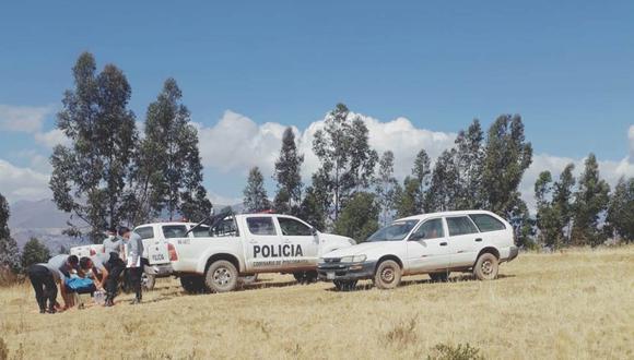 Esta mañana, efectivos de la PNP realizaron el levantamiento del cadáver de Alejandrina Rosales en el sector Chinchanco Pampa. (Foto: Laura Urbina)
