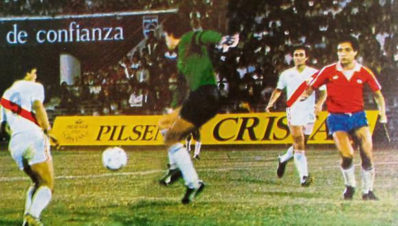 Franco Navarro fue el delantero estrella de Perú en la década de 1980 y brilló en esa victoria ante Chile. (Foto: GEC / Video: YouTube)