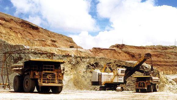 En el caso del sector minería e hidrocarburos, este disminuyó en 11,18% por la menor actividad del subsector minero metálico. (Foto: Difusión)