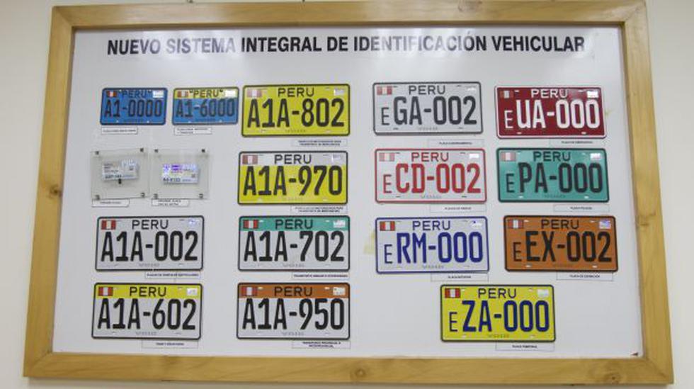 Cambio de placas para taxis, cústeres y combis vence este 31 - 2