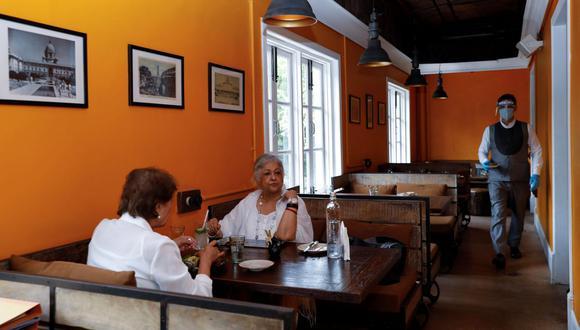 Gremio de restaurantes trabaja en el protocolo para reiniciar actividades en salón. (Foto: Reuters/Anushree Fadnavis).