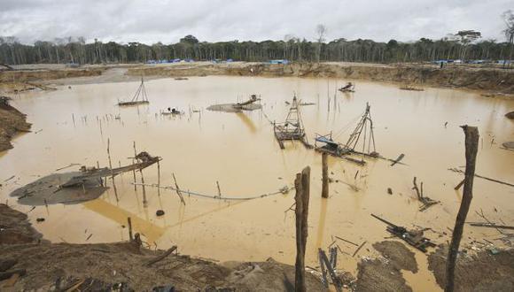 Tambopata: destruyen campamentos de minería ilegal