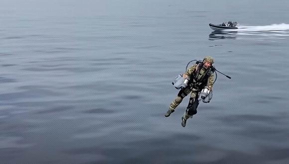 El traje volador fue probado por el Cuerpo de Marines Reales de Reino Unido, mostrando cómo serían las intervenciones militares en un futuro cercano.| Foto: Gravity Industries