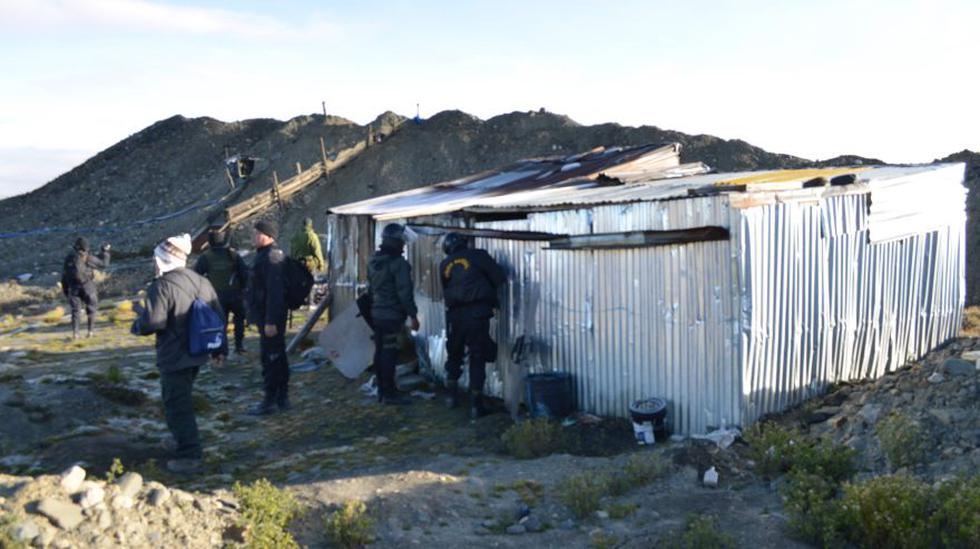 Mineros ilegales impidieron interdicción y atacaron a policías - 2