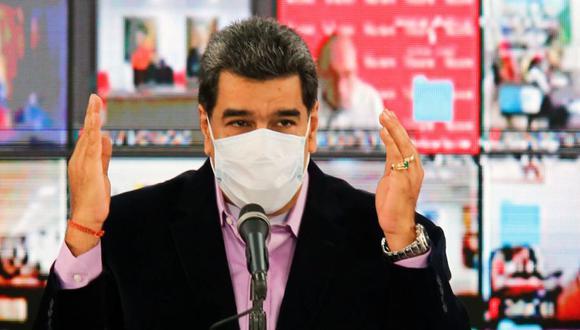 Un primer lote de vacunas rusas contra el coronavirus llegará en septiembre a Venezuela, anunció este martes el presidente socialista Nicolás Maduro. (AFP).