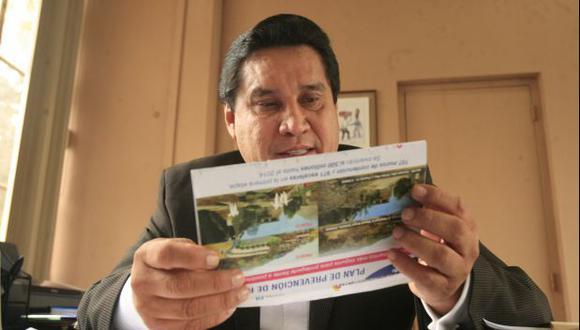 Carlos Burgos en problemas: jurado aprobó tacha en su contra