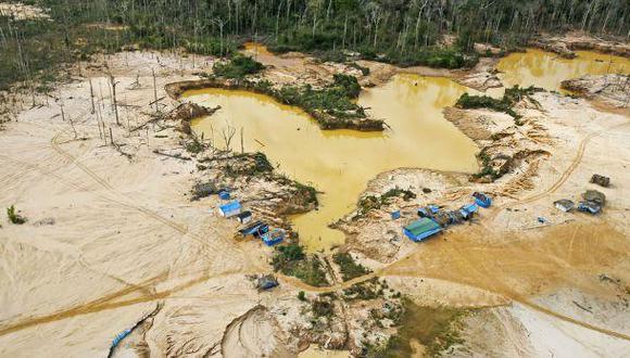Minería ilegal: destruyen campamentos y 19 dragas