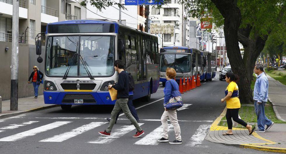 Cámaras de vigilancia tomarán automáticamente fotografías a los vehículos que circulen por la vía exclusiva del carril 'Solo Bus' . (Foto: GEC)