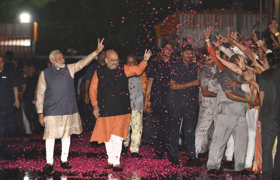 Narendra Modi convirtió el último proceso electoral en un referéndum sobre su continuidad o su salida del poder. Y superó la prueba con solvencia. (AP)
