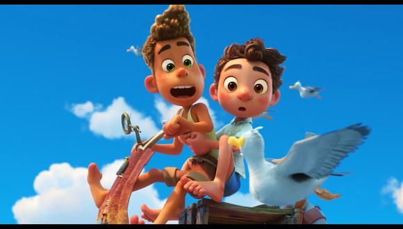 """Los personajes de """"Luca"""" se pueden transformar en criaturas marinas. Foto: Disney/ Pixar."""