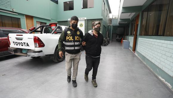 El tatuador Samuel Olaza fue detenido por la Policía acusado de violar a una cliente. (Foto: GEC)